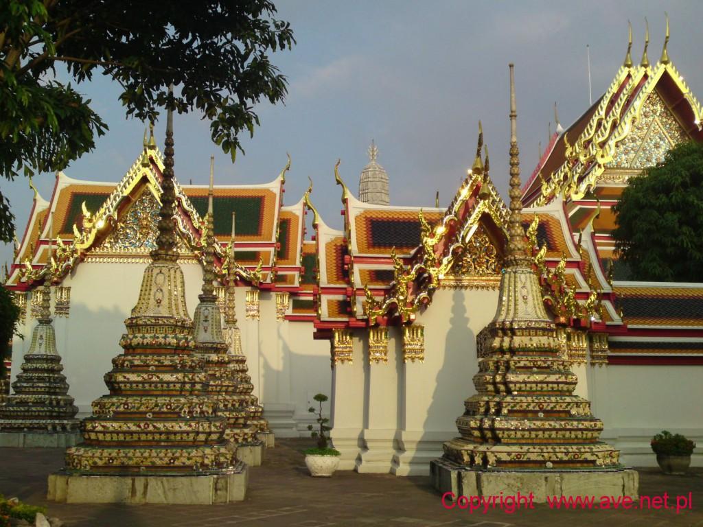 """Wat Pra Chetupon powszechnie zwany """"Wat Po"""" znajduje się w południowej części Wielkiego Pałacu"""