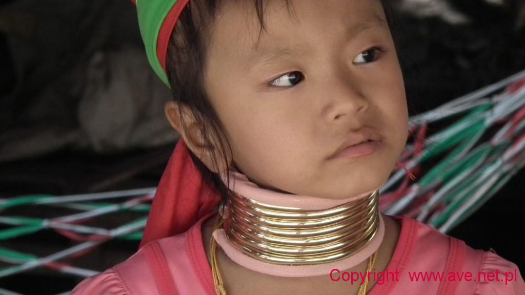 Dziwczynka z plemienia Karen