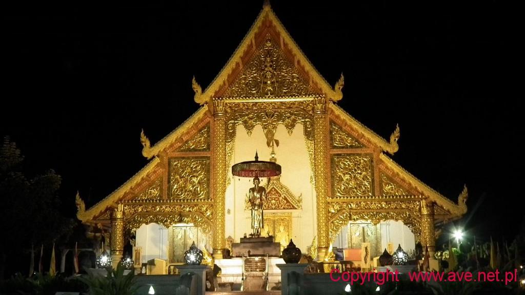 Wat PhraSingh nocą