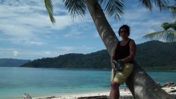 Pod palmą na Sunset Beach