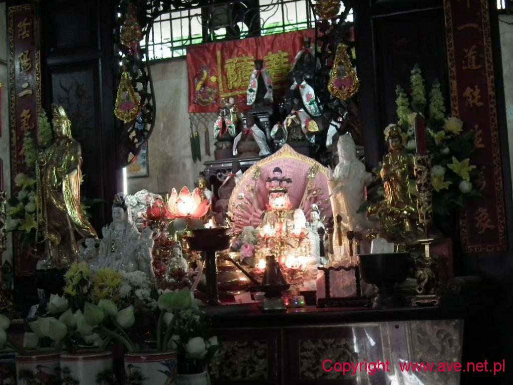 Wnętrze świątyni chińskiej